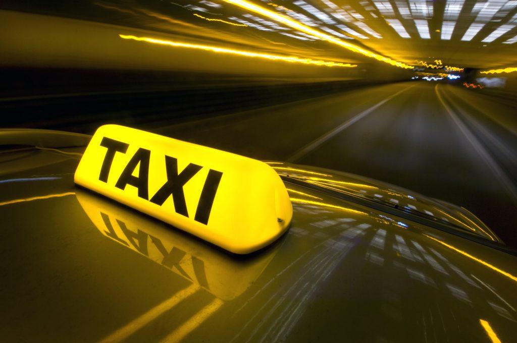 Taxi Arles